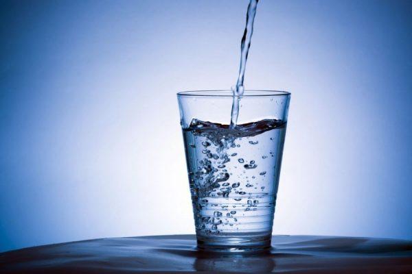 Sử dụng các máy lọc nước chuyên dụng để mang lại nguồn sống cho chính mình