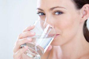 Tư vấn người dùng chọn mua thiết bị lọc nước gia đình tại địa chỉ có giá bình lọc nước uống hợp lý, chất lượng