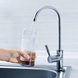 Tư vấn người dùng tìm mua bình lọc nước uống trực tiếp đảm bảo an toàn, tiết kiệm